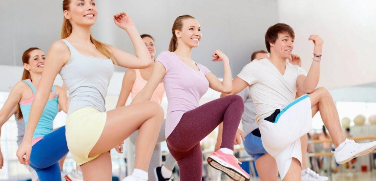 Mách bạn 4 bài tập aerobic giảm mỡ bụng siêu nhanh