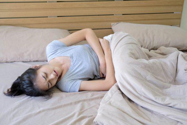 Bị đau bụng kinh nên làm gì cho đỡ đau?