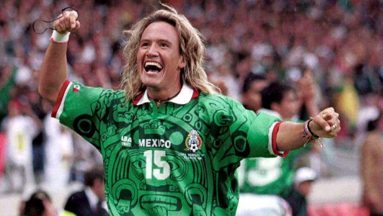 Luis Hernandez – Tiền đạo tài năng của đội tuyển Mexico